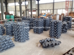 ZOOMLION QUY50 QUY70 Crawler Crane Undercarriage Parts Track Shoe With Pin