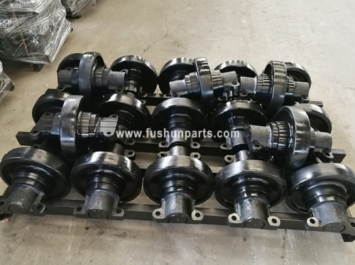 Crawler Crane Undercarriage Parts LS118, LS218 Series Lower Rollers for SUMITOMO Crane