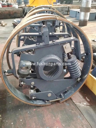OEM Clutch Assy With High Quality for QUY80 QUY150 FUWA Crawler Crane